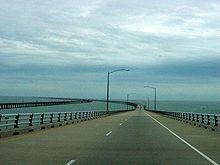 切萨皮克湾隧桥