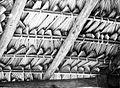 COLLECTIE TROPENMUSEUM Binnenzijde van een dak van een lopo (rijstschuur) gemaakt van lontarbladeren Timor TMnr 10011167.jpg