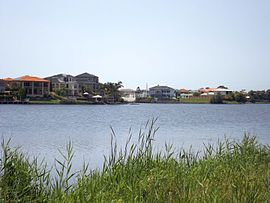 Canal and houses 2 in Clear Island Waters, Queensland.jpg
