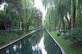 Canal in Beijing (44648977355).jpg