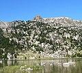 Castell dels Lladres des de l'estany de Malniu.jpg
