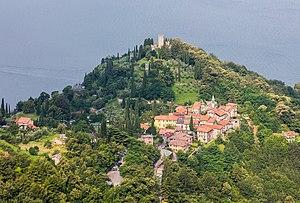 Castello di Vezio - Image: Castillo de Vezio, Varenna, Italia, 2016 06 25, DD 01