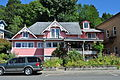 Cathlamet, WA - pink house on Main Street 01 (19852275556).jpg