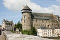 Château de Laval depuis le vieux pont.jpg