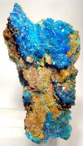 Chalcanthite - Chalcanthite on limonite from Washington Camp, Santa Cruz County, Arizona (size: 5.5 x 2.9 x 1.5 cm)