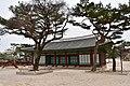 Changgyeonggung Palace, Seoul, erly 15th century (7) (41072391342).jpg