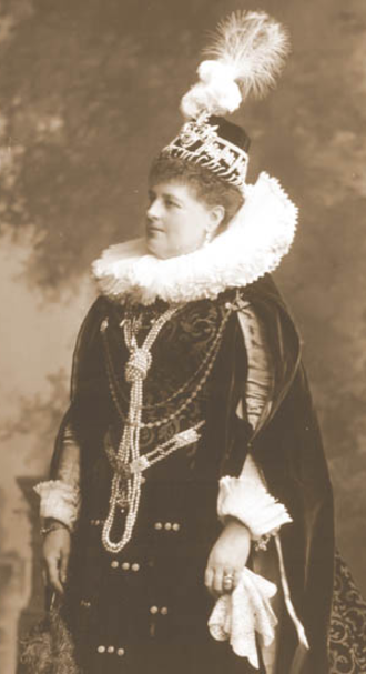 Charlotte Spencer, Countess Spencer - The Countess Spencer as the Countess of Lennox during the Devonshire House Ball, 1897.