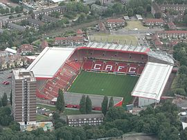Charlton Athletic football ground.jpg
