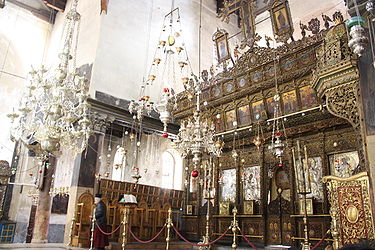 Church of the Nativity iconostasis 2010 6.jpg