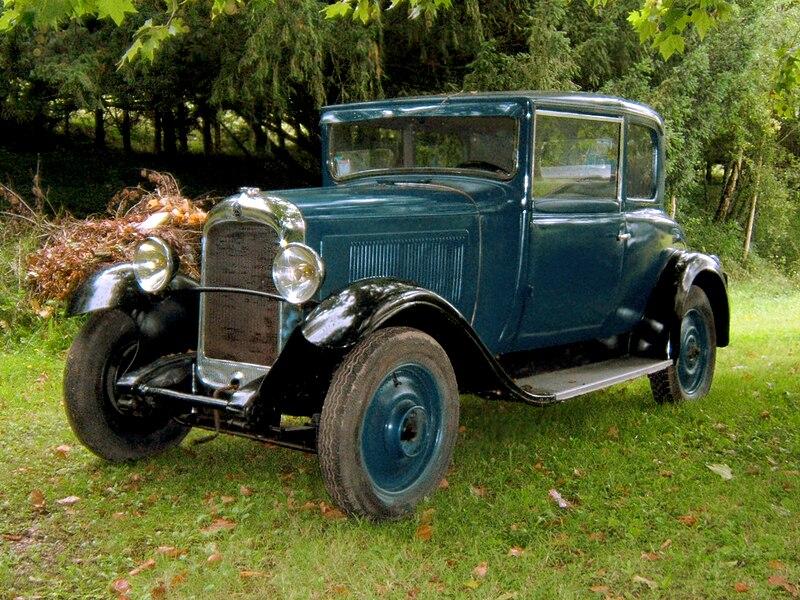 "Les CR ""Balades en Rhône Alpes"" 800px-CitroenC4-1930-PontLEveque"