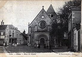 Clion Indre France Place de L'eglise.JPG