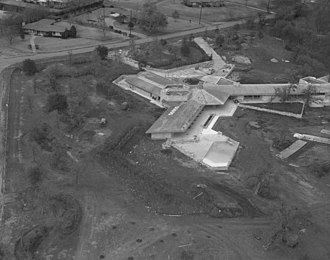 John Gillin Residence - Image: Close up aerial view of John Gillins house, designed by Frank Lloyd Wright