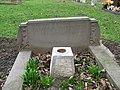Commonwealth War Grave in Jarrow Cemetery (WW2-43) - geograph.org.uk - 1605374.jpg