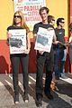 Concentración contra las corridas de toros (Cádiz) (7928110096).jpg