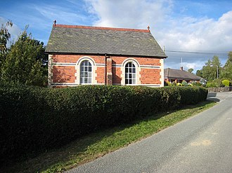 Pontrobert - Image: Converted chapel at Pontrobert geograph.org.uk 559106
