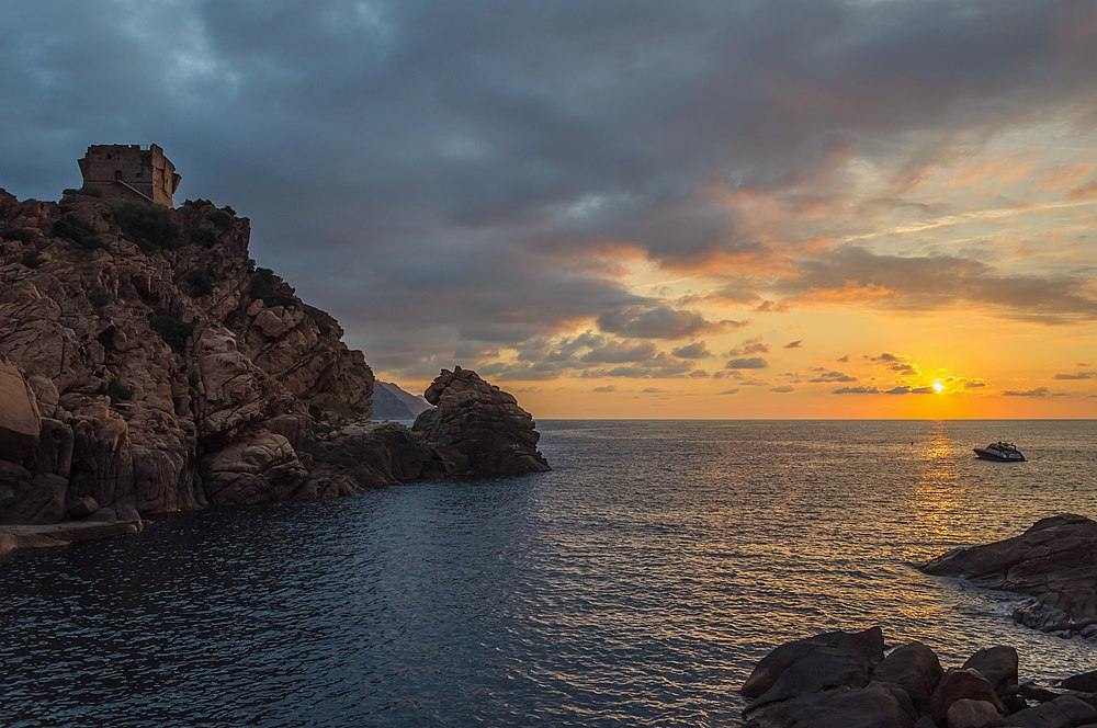 Corse Ota Porto genoese tower sunset.jpg