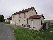 Croix-Fonsomme (Aisne) l'ancienne gare.jpg