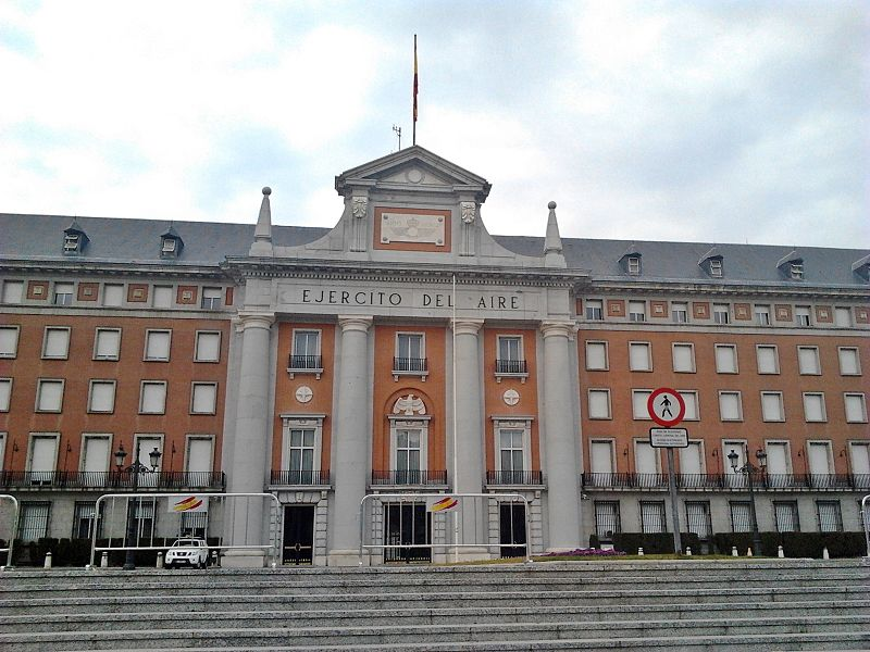 Cuartel del Ejercito del Aire en Madrid (1).jpg