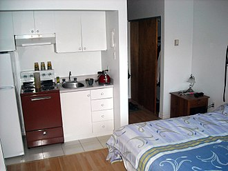 Kitchenette - Example of kitchenette located in a small studio apartment of Sherbrooke, Quebec, Canada.