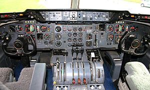 McDonnell Douglas DC-10 - DC-10-30 flight deck