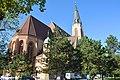 DSC 0015 Donaufelder Pfarrkirche Hl. Leopold Kinzerplatz.jpg