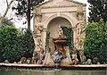 Dali Brunnen Castell Pubol.jpg
