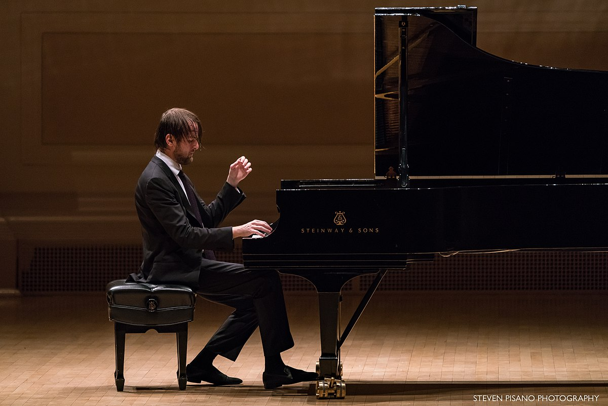 Pianist Daniel Trifonov: biography, creativity, and personal life 79