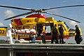 De-sar-helikopter-levert-een-patient-af-bij-het-ziekenhuis-in-beverwijk.jpg