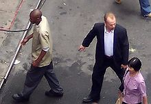 Mos Def e Bruce Willis sul set a Chinatown in Pell Street