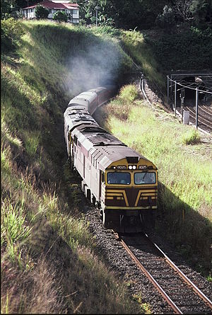 Sydney–Brisbane rail corridor - 8025 and another haul the Sydney bound Brisbane Limited shortly after departing Roma Street in 1987