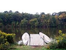 Berth (moorings) - Wikipedia
