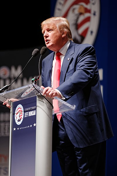 File:Donald Trump Sr. at Citizens United Freedom Summit in Greenville South Carolina May 2015 by Michael Vadon 04.jpg