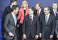 ES valstu līderu kopējais foto Eiropadomes sanāksmē (8558067698).jpg