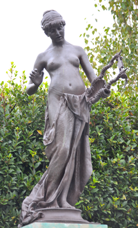 Edward Onslow Ford (1852-1901) - The Muse of Poetry (1891) front 2, Marlowe Memorial nr Marlowe Theatre, The Friars, Canterbury, UK, October 2012 (8111618958).png