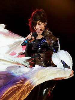 Elisa durante il Mechanical Dream Tour, Milano, 7 ottobre 2008