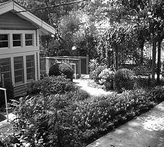 Ben Franklin Academy - Image: Emory C. Black gardens