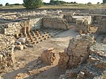 Empuries VilleRomaine Thermes.JPG