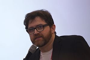 Ernie Cline at SDCC 2015 (19757689946).jpg
