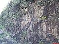 Escarpas da Serra de Santana, à margem da rodovia Washington Luiz - SP-310, prova da Separação América-África - panoramio.jpg