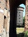 Esterno del castello sforzesco.jpg