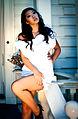 Evelina Chiang Pretty model shows some leg.jpg