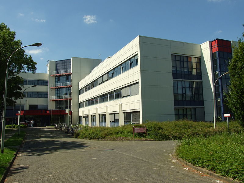 File:FH-Aachen, Fachbereiche Wirtschaft und Elektrotechnik.jpg