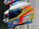 Fernando Alonso 2015 helmet left 2017 Museo Fernando Alonso.jpg
