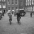 Fietsende persconferenties over Leidsestraatroute voor fietsers, Bestanddeelnr 911-6442.jpg