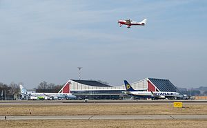 FlughafenMemmingen01.JPG