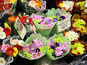 Cut flowers - Flower display in a US supermarket