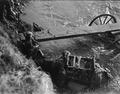 Flussüberquerung der Birs mittels Notbrücke - CH-BAR - 3236723.tif