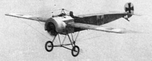 Fokker E.III - Captured E.III 210/16 in flight at Upavon, Wiltshire in 1916.