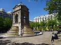 Fontaine des Innocents in Paris, 1 May 2016.jpg