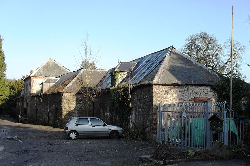 File:Former Stables of Stanmer House, Stanmer Park.JPG